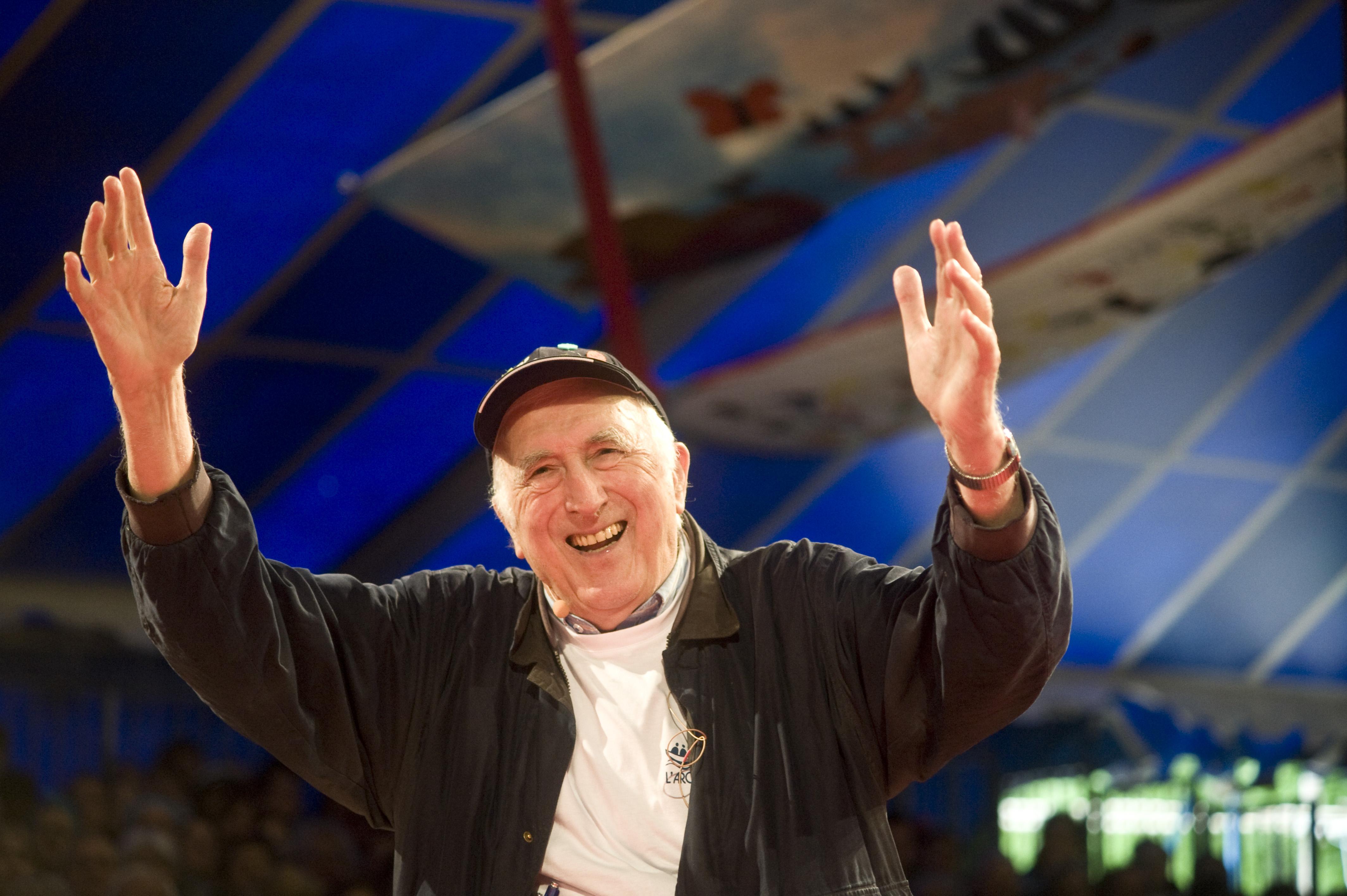 Jean Vanier en mai 2014 à Paray le Monial
